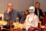 Sportovní karneval byl bohatý na masky