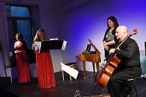Z koncertu kvarteta Lyra da Camera v sále podnikatelského inkubátoru Cerop v Kolíně.