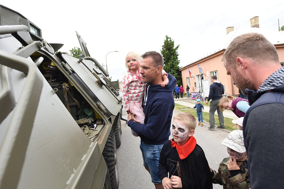 Z akce Zábavné odpoledne v obci Jestřabí Lhota.