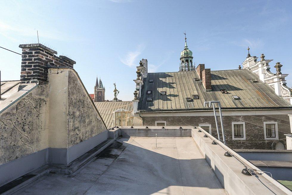 Radnice v Kolíně: horní střecha.