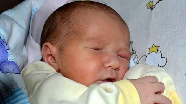 Rodina Hedviky a Martina ze Sendražic se rozrostla.  Lukáš Volejník přišel na svět 16. prosince 2012 s výškou 49 centimetrů a váhou 3330 gramů. Dětským světem ho bude provázet devítiletá sestřička Terezka.