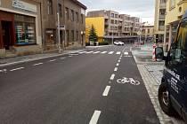 Průjezdná Pražská ulice v Kolíně.