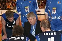 Z utkání Mattoni NBL Prostějov - Kolín (95:97).