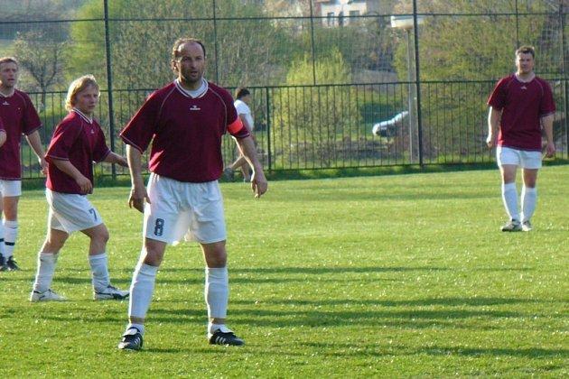 Milan Zápotocký (číslo 8).