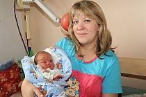 Devět minut po osmnácté hodině 12. června se narodil prvorozený syn Milan Král vážící 3 730 gramů a měřící 52 centimetry. Domů do Červených Peček si jej odvezli rodiče Klára a Milan.