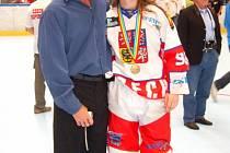 Alena Polenská (číslo 98) na MS v in-line hokeji.