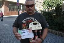 Lucie Pešková vyhrála karton piv značky Rohozec, poukázku do pizzerie Týna v hodnotě 200,-Kč a poukázku na cvičení SlimBelly. Cenu za ní převzal její otec Petr.