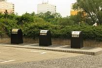 Podzemní kontejnery v Rubešově ulici v Kolíně.