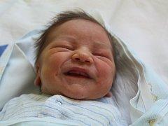 Daniel Holeček se  v kolínské porodnici narodil9. dubna 2018, měřil rovných 50 centimetrů a vážil 3110 gramů. Maminka Jana a tatínek Kamil si svého druhorozeného syna odvezli domů k dvanáctiletému bráškovi Samuelovi. Rodina žije v Kostelci nad Černými les