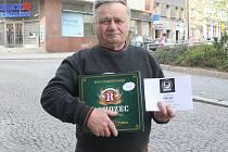 Vilém Löwe získal za vítězství karton piv značky Rohozec a poukaz v hodnotě 100,-Kč do kolínské kavárny Kristián.