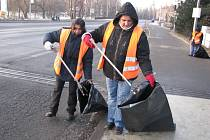 Například s úklidem města by pracovníkům mohli pomoci odsouzenci
