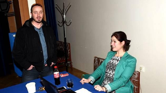 Iva Blümelová už několik přednášek v saloncích uskutečnila