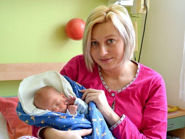 Daniel Švejda se narodil 11. února 2013 mamince Taťáně a tatínkovi Martinovi z Týnce nad Labem. Po narození se chlubil výškou 47 centimetrů a váhou 2790 gramů. Dětským světem ho provede čtyřletá Sofinka.