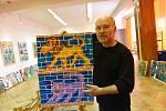 Z výstavy obrazů výtvarníka Martina Maga v Komorním sále Městského společenského domu v Kolíně.