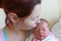 Rozálie Vrátná se narodila 29. prosince 2020 v kolínské porodnici, vážila 2950 g a měřila 47 cm. Do Peček si ji odvezla sestřička Vanesa (2.5) a rodiče Nikola a Pavel.