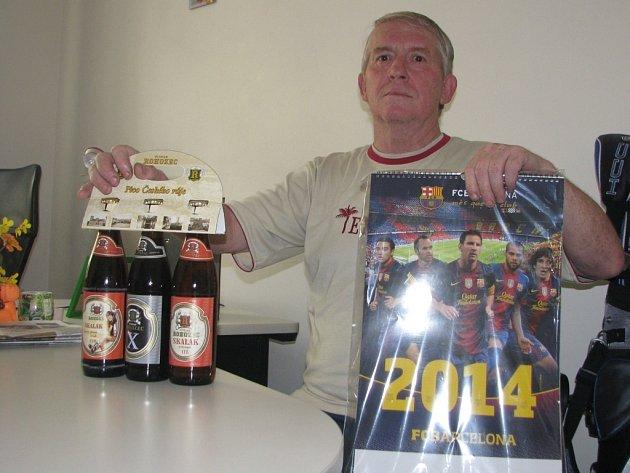 Vlastimil Fišer  získal karton piv značky Rohozec, sázenku do sázkové kanceláře Chance a také kalendář fotbalového klubu FC Barcelona.