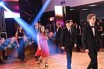 Z maturitního plesu kolínských strojařů.