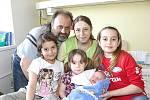 Klan rodiny Červinkových se rozrostl o dalšího člena. Dne 31. března 2010 přibyl syn Miloš. Měřil 52 centimetrů a vážil 3420 gramů. Rodiče Alžběta a Miloš ho brzy povezou domů do Liblic za staršími sestrami: Hedvikou (11),  Annou (7) a Kateřinou (3).