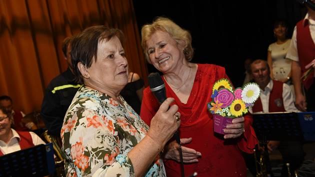 Další taneční setkání členů a příznivců Klubu přátel Františka Kmocha se uskutečnilo první listopadovou neděli.