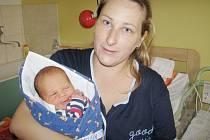 Daniel Podolák přišel na svět 27. října 2015. Jeho první míry byly 50 centimetrů a 3170 gramů. Doma v Odřepsech ho přivítali maminka Michaela, tatínek Daniel a pětapůlletá sestřička Kačenka.