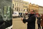 Z prezentace nových autobusů městské hromadné dopravy na Karlově náměstí v Kolíně.
