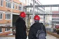 Výstavba pavilonu D Oblastní nemocnice Kolín, březen 2012