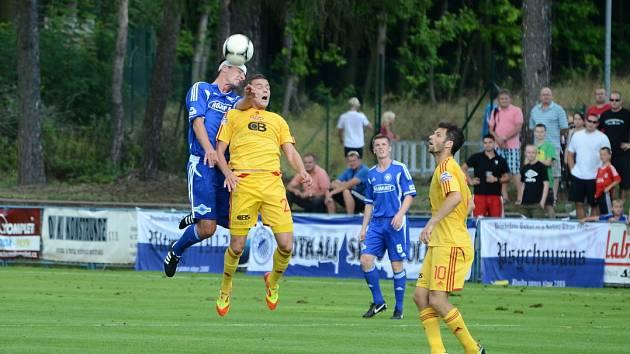 Z utkání 2. kola Poháru České pošty mezi FK Kolín a Duklou Praha (0:1).