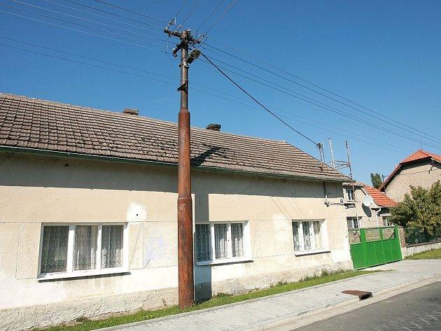 Dům, ve kterém bylo nalezeno tělo mrtvého muže.