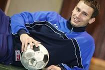 Jan Vaněk už je po těžkém zranění fit a zase hraje fotbal.