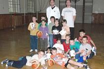 Basketbalisté navštívili výuku