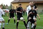 Z utkání Velim - Libice nad Cidlinou (4:0).