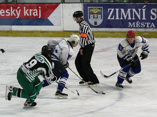 Z utkání hokejové ligy juniorů Kolín - Příbram.