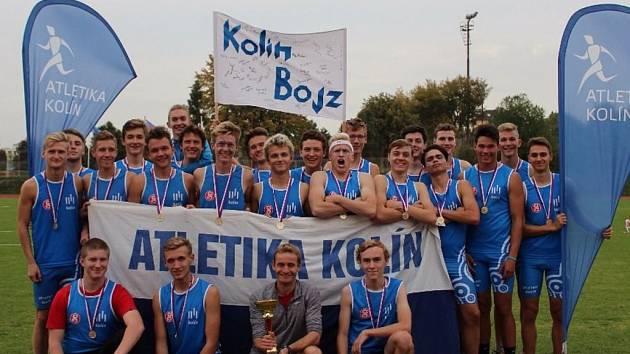 Vítězný tým kolínských dorostenců.