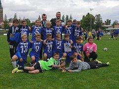 ZLATÍ HOŠI. Fotbalová přípravka kolínského FK v kategorii U11 vyhrála s velkým přehledem Krajské finále, které se konalo v Čáslavi