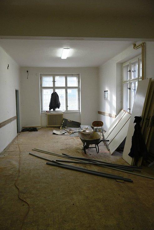 Rekonstrukce pavilonu B v areálu českobrodské nemocnice.