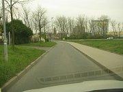 Příjezd k lokalitě Na Vinici v Kolíně.