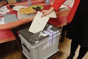 Druhý den voleb do poslanecké sněmovny - Chotouň