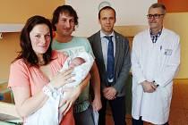 Vedení města vítalo první narozené miminko v porodnici a prvního Kolíňáka