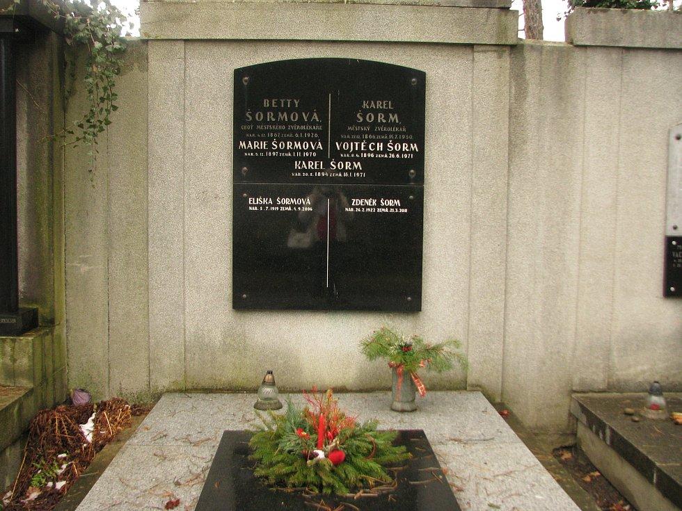 Na Centrálním hřbitově v Kolíně.