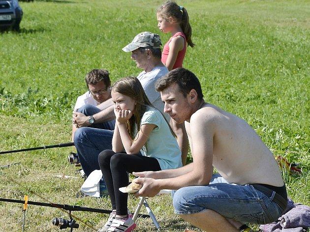 Dětské rybářské závody v Kouřimi se opravdu vydařily