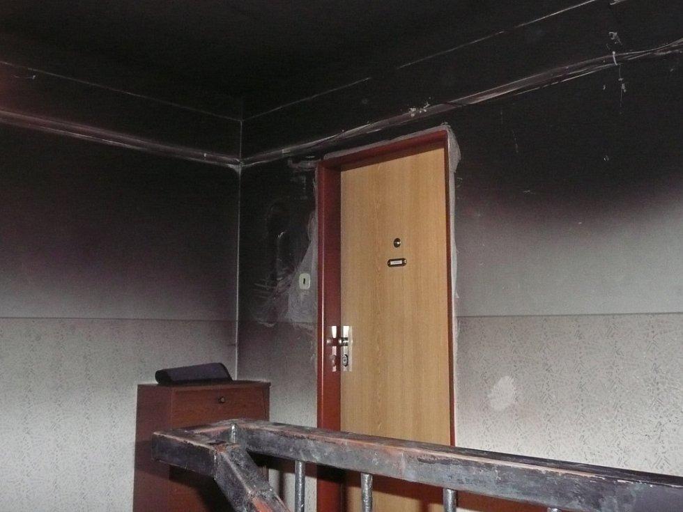 Požár domu v Pražské ulici