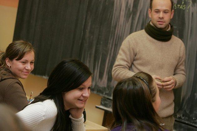 Na 5. ZŠ v Kolíně vyučoval španělský učitel