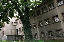 Objekt bývalé vojenské správy na náměstí Republiky v Kolíně
