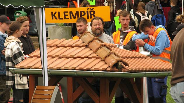 Z veletrhu řemesel na Medvědí louce v Kolíně.