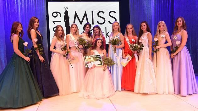 Z finálového večera 19. ročníku soutěže Miss Kolínska v Městském divadle v Kolíně.