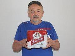 Vítěz Václav Volný z Kolína získal karton piv značky Gambrinus.