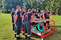 Kolínští profesionální hasiči mají nově ve vybavení kontejner kombinovaného hašení.