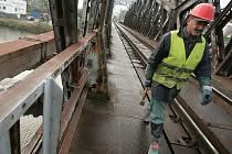 Přestavba železničního mostu v Kolíně