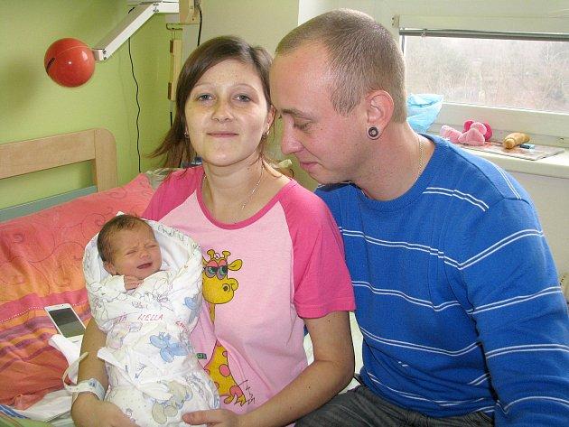 Nella Prossová přišla na svět 31. prosince 2013 s mírami 48 centimetrů a 2720 gramů. Prvorozenou dceru si rodiče Aneta a Petr odvezou domů do Kolína.