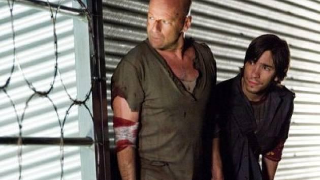 Záběr z filmu Smrtonosná past 4.